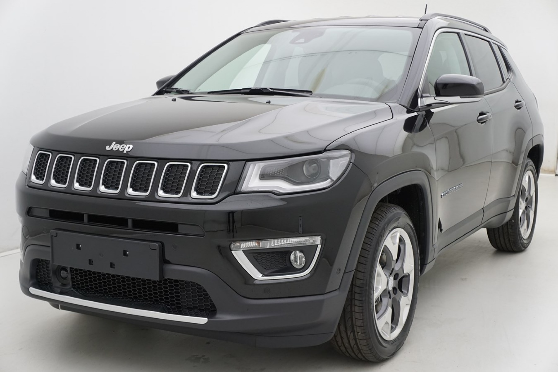 jeep compass limited cuir auto wise. Black Bedroom Furniture Sets. Home Design Ideas