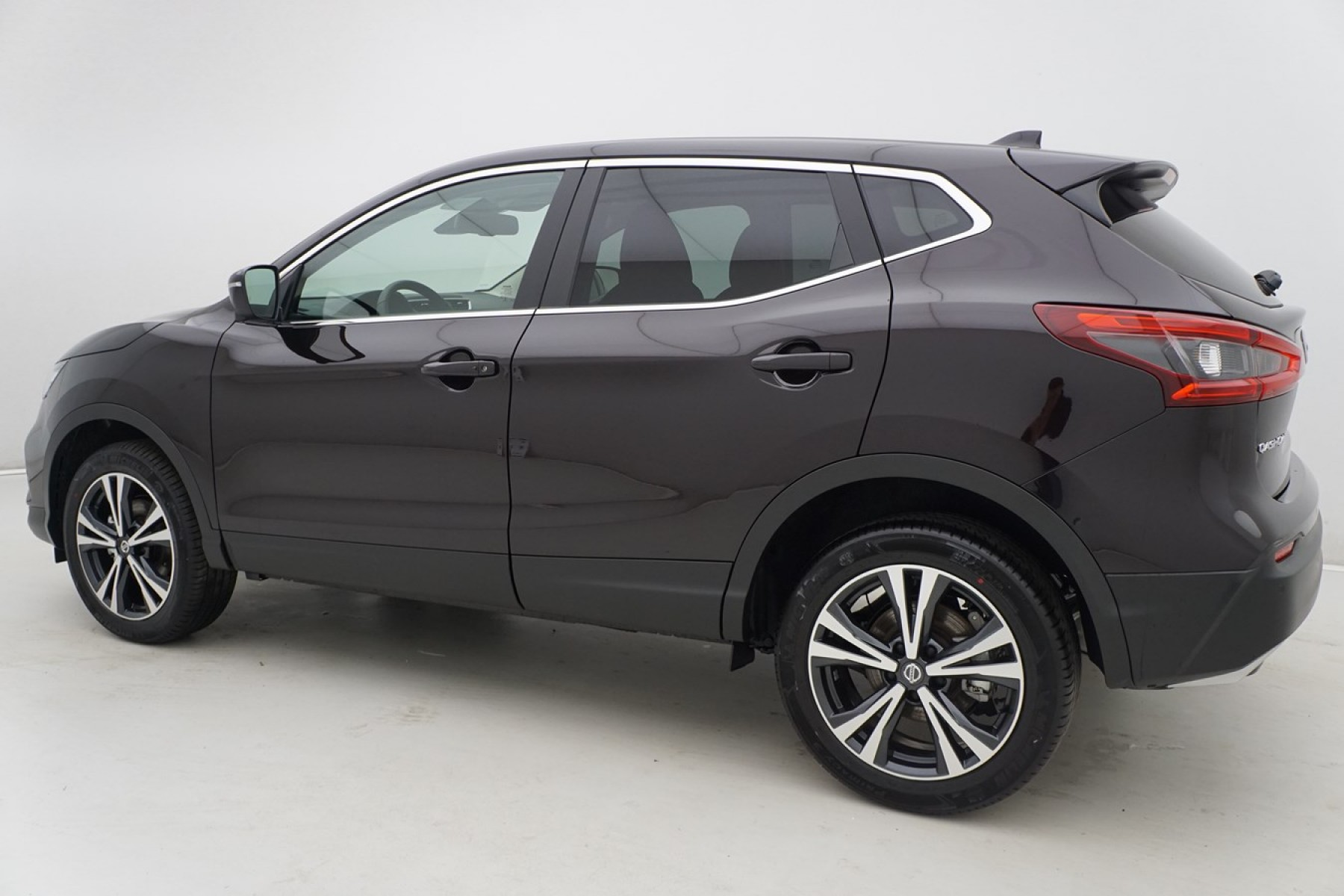 nissan qashqai 1 3 dig t 140 n connecta cold pack auto wise. Black Bedroom Furniture Sets. Home Design Ideas