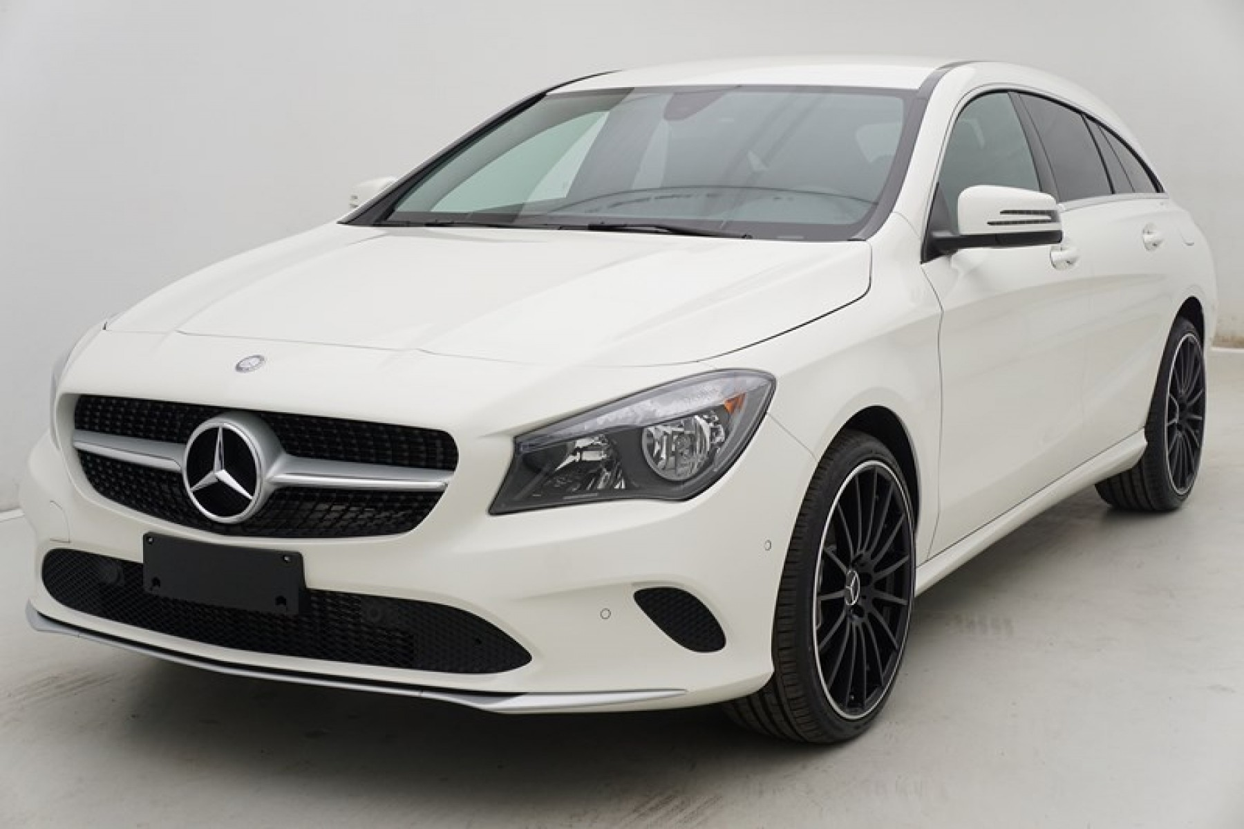 mercedes cla 200 cdi 7g dct shooting brake gps alu19 auto wise. Black Bedroom Furniture Sets. Home Design Ideas