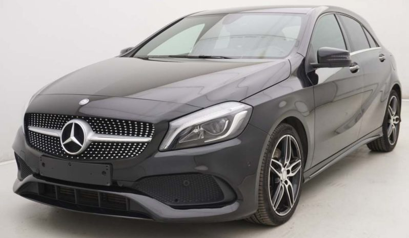 Mercedes A250 210pk AMG Line + GPS + LED Lights plein